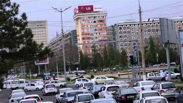 Ўзбекистондаги ҳар 100 та оилага нечта енгил автомобил тўғри келиши маълум қилинди