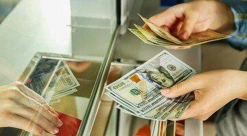 Ўзбекистонга валюталар оқими пасайди